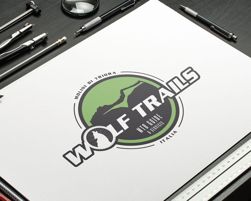 Wolf Trails - Logo